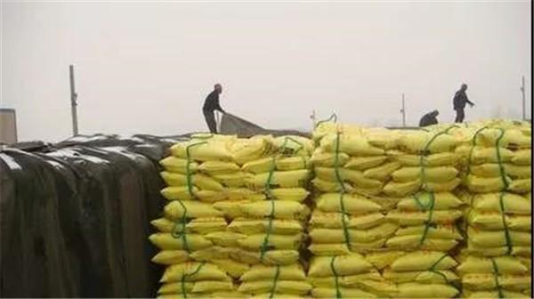 肥料放久了會不會失效?80%的人都搞錯了!